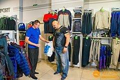 Зоряний шопінг з Василем Вірастюком в MEGASPORT - фото