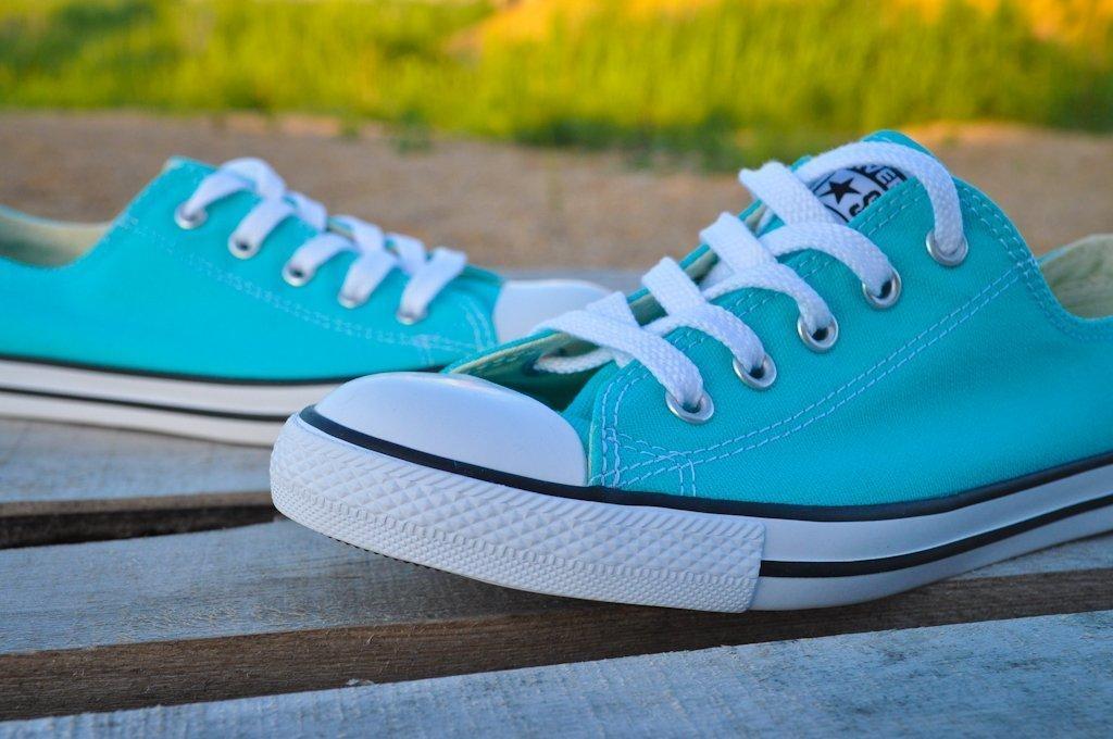 Научитесь отличать оригинальные кеды Converse от подделки - фото