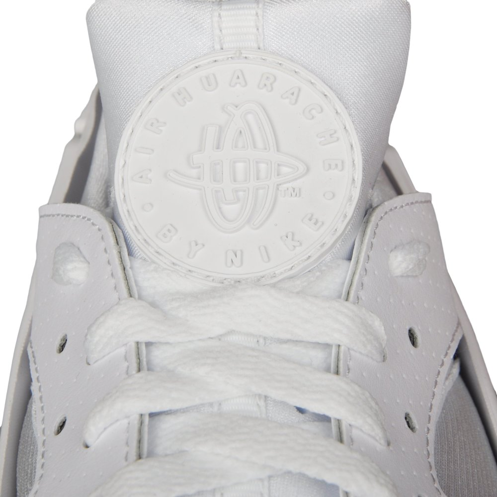 Кросівки Nike Air Huarache подивитися в MEGASPORT 318429-111 c6a674ae75770
