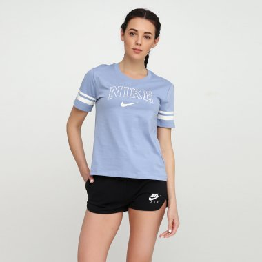 Футболки nike W Nsw Top Ss Vrsty - 117693, фото 1 - интернет-магазин MEGASPORT