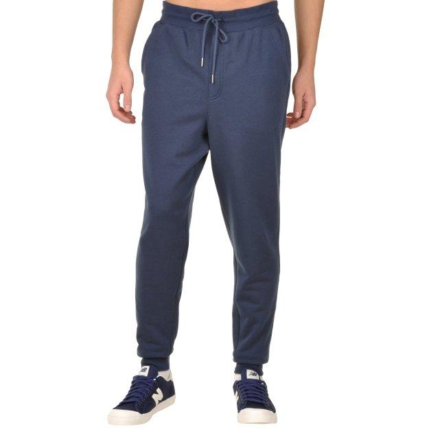 Спортивные штаны New Balance Essentials Plus - MEGASPORT