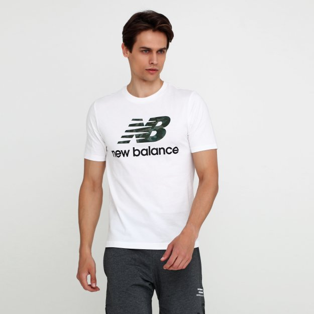 Футболка New Balance Essentials Logo - MEGASPORT