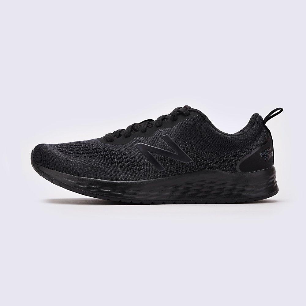 Кросівки New Balance Model Arishi купити в інтернет-магазині MEGASPORT: ціна, фото